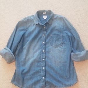 Jcrew perfect fit chambray top, size large